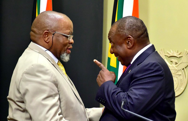 Gwede Mantashe shares a light moment with Cyril Ramaphosa after taking his oath of office, 27 February 2018. Pic: GCIS (CC BY-ND 2.0)