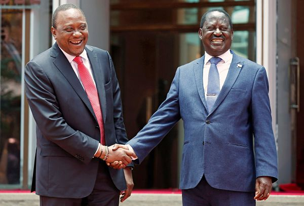 Uhuru Kenyatta and Raila Odinga, Harambee House, Nairobi, 9 March 2018. Pic: Thomas Mukoya / Reutesr / Alamy