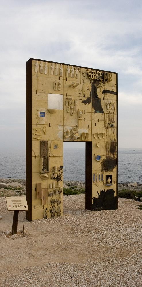 Mimmo Paladino's monument, 'Porta di Lampedusa – Porta d'Europa', built in 2008. Alfredo D'Amato / Panos