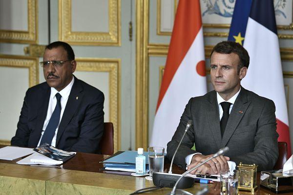 Mohamed Bazoum and Emmanuel Macron, Elysee Palace, 9 July 2021. Pic: Stephane de Sakutin/Reuters/Alamy