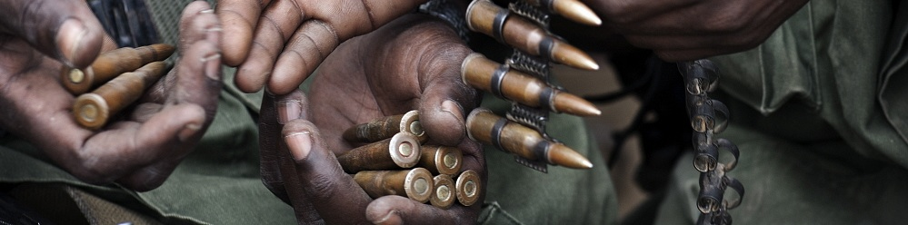 SOMALIA: Fighters from the Kenyan-backed Ras Kamboni militia, an anti-Al Shabaab force. Sven Torfinn / Panos