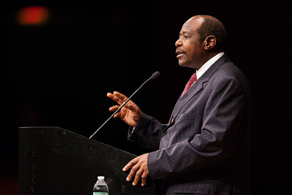 Lecture by Paul Rusesabagina, as part of the IPC commemoration of the 20th anniversary of the Rwandan Genocide, March 2014. Pic: Gerald R. Ford School of Public Policy University of Michigan (CC BY-ND 2.0)