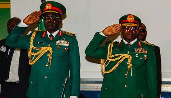 Lieutenant General Tukur Buratai (L), and General Abayomi Olonisakin (R), April 2018. Pic: US Army Africa (cropped, CC BY 2.0)
